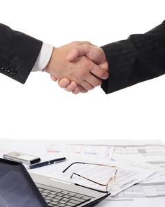 contrat-de-travail-essentiel-medium-4395159